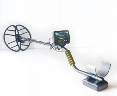 Металлоискатель Фортуна ПРО Глубина обнаружения монет до 50 см