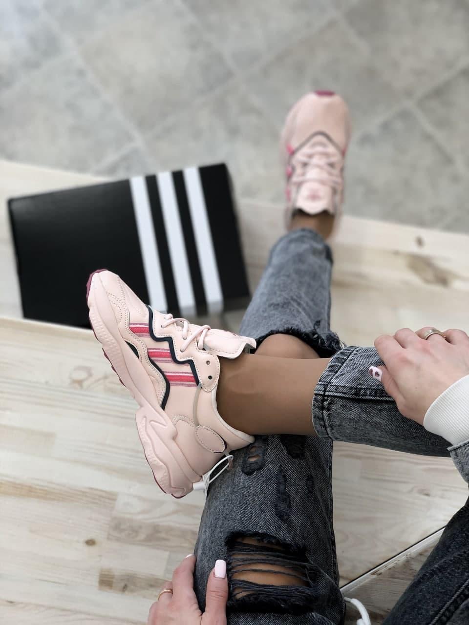 Женские кроссовки  Adidas Ozweego (копия)