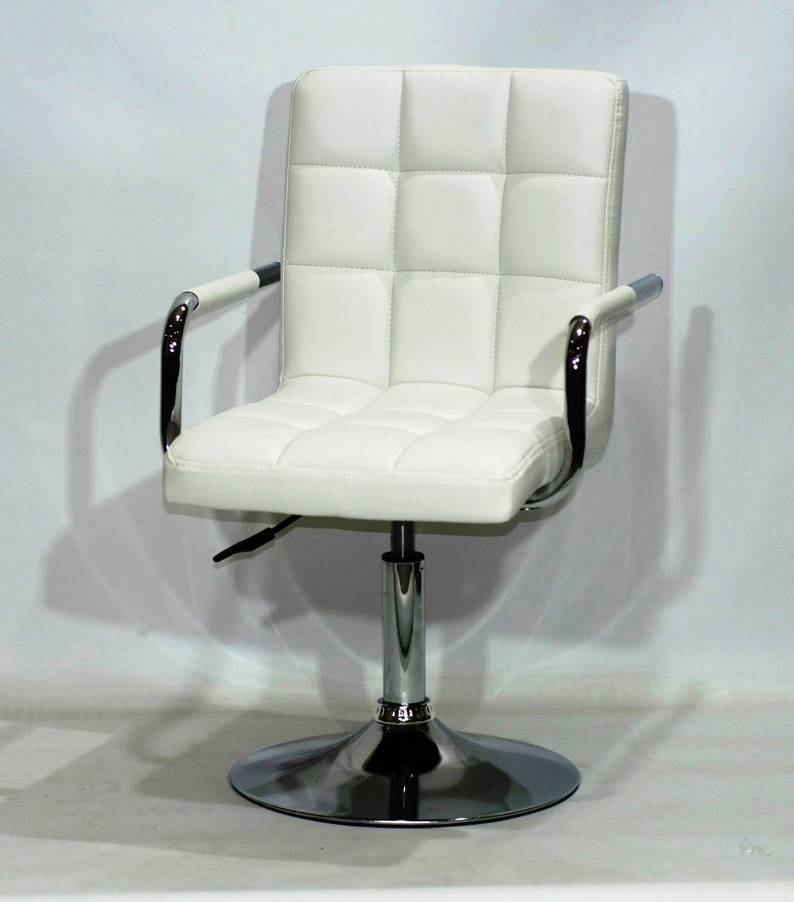 Белое кресло клиента эко-кожа на устойчивом хромированном круглом основании AUGUSTO ARM CH-Base
