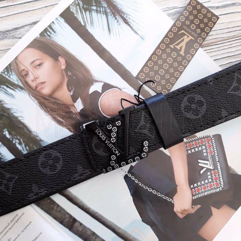 Женский кожаный ремень Louis Vuitton реплика Черный с черным логотипом