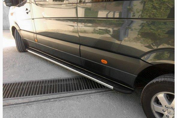 Боковые пороги Duru (2 шт., алюминий) Средняя база - Mercedes Sprinter 2018↗ гг.
