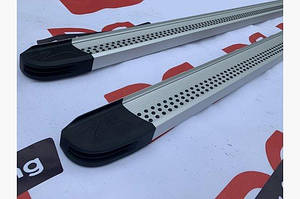 Боковые пороги Maya V2 (2 шт., алюминий) - Nissan X-trail T30 2002-2007 гг.