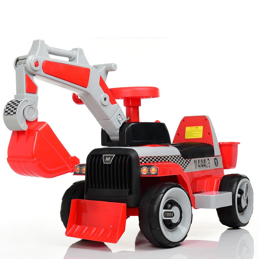 Электромобиль ТРАКТОР Bambi M 4144L-3 Красный