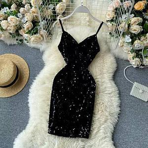 Нарядное короткое платье расшитое пайетками 42-44 р
