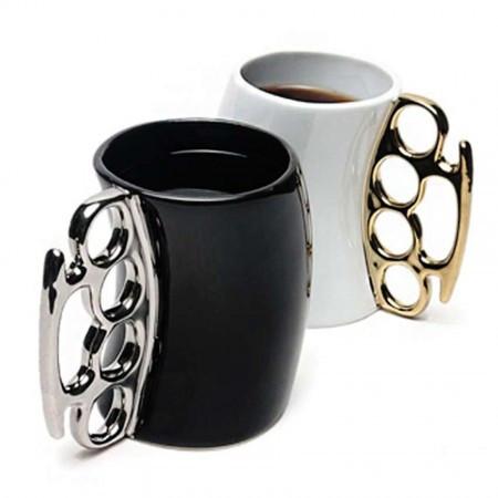 Чашка с кастетом выпуклая (черная)