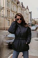 Жіноча зимова куртка з поясом коротка чорна, фото 1