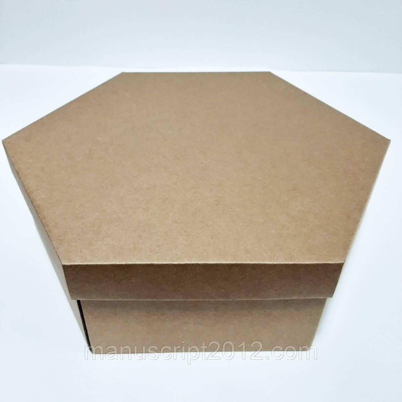Упаковка большая картонная с крышкой 300х360х100 мм.