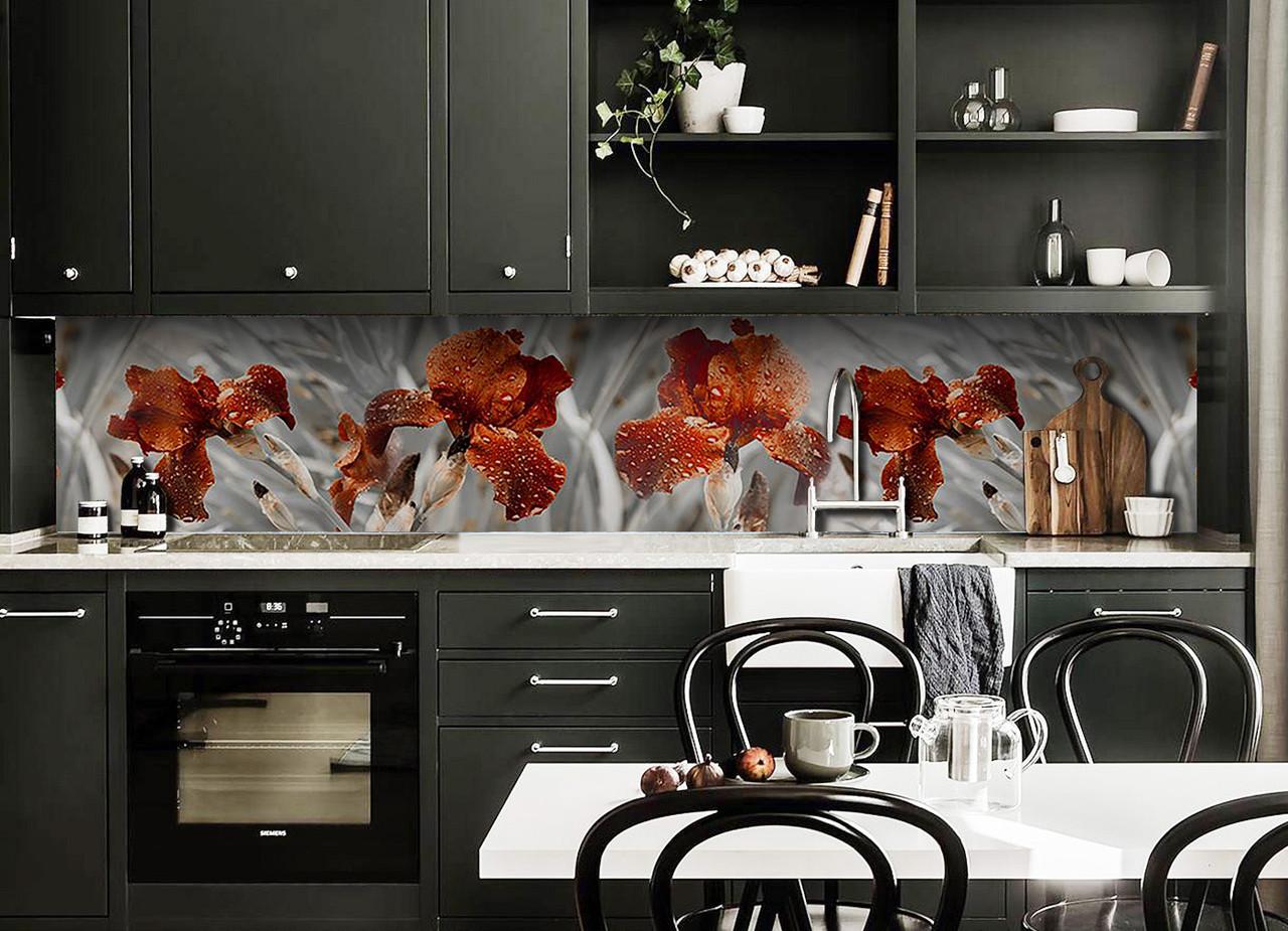 Скинали на кухню Zatarga «Крупные Ирисы» 650х2500 мм виниловая 3Д наклейка кухонный фартук самоклеящаяся