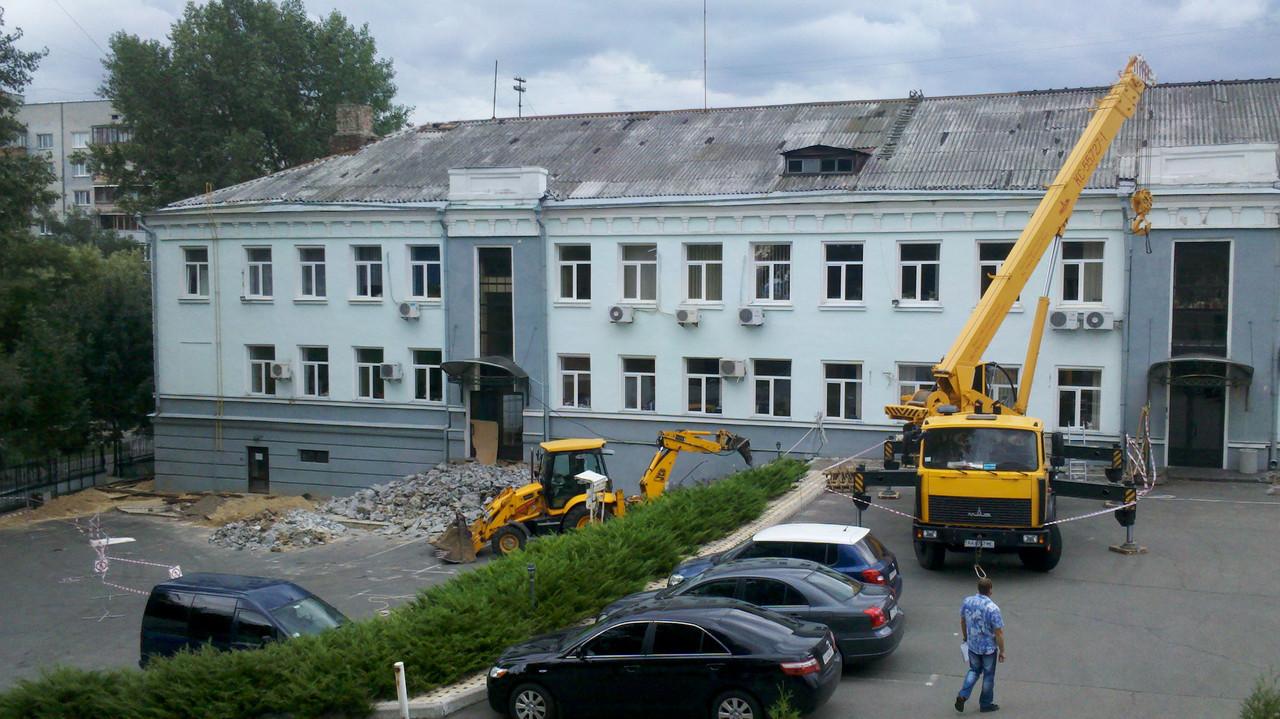 Демонтаж аварийных зданий и конструкций