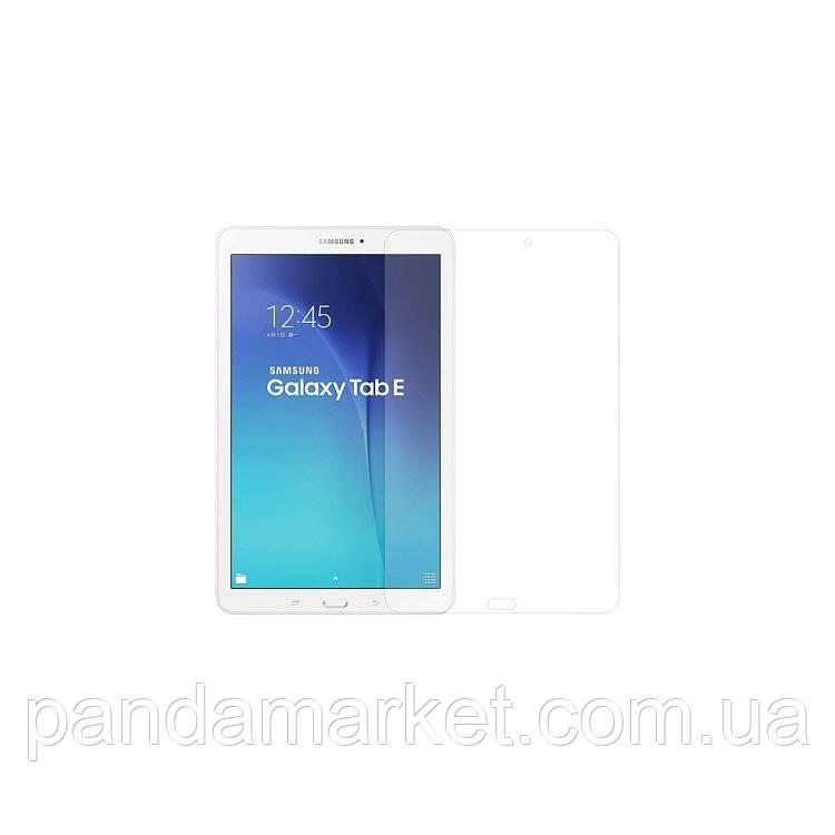 Защитное стекло 2.5D Samsung T560 Tab E 9.6 (0.3mm, 2.5D, с олеофобным покрытием)