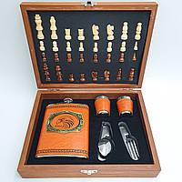 Мужской подарочный набор шахматы с флягой и стопками UKC №QZ8 в подарочной упаковке коричневый