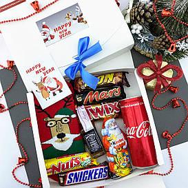 Новогодний подарочный набор мужской со сладостями