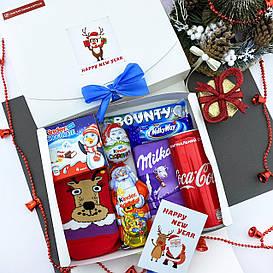 Новогодний подарочный набор женский со сладостями