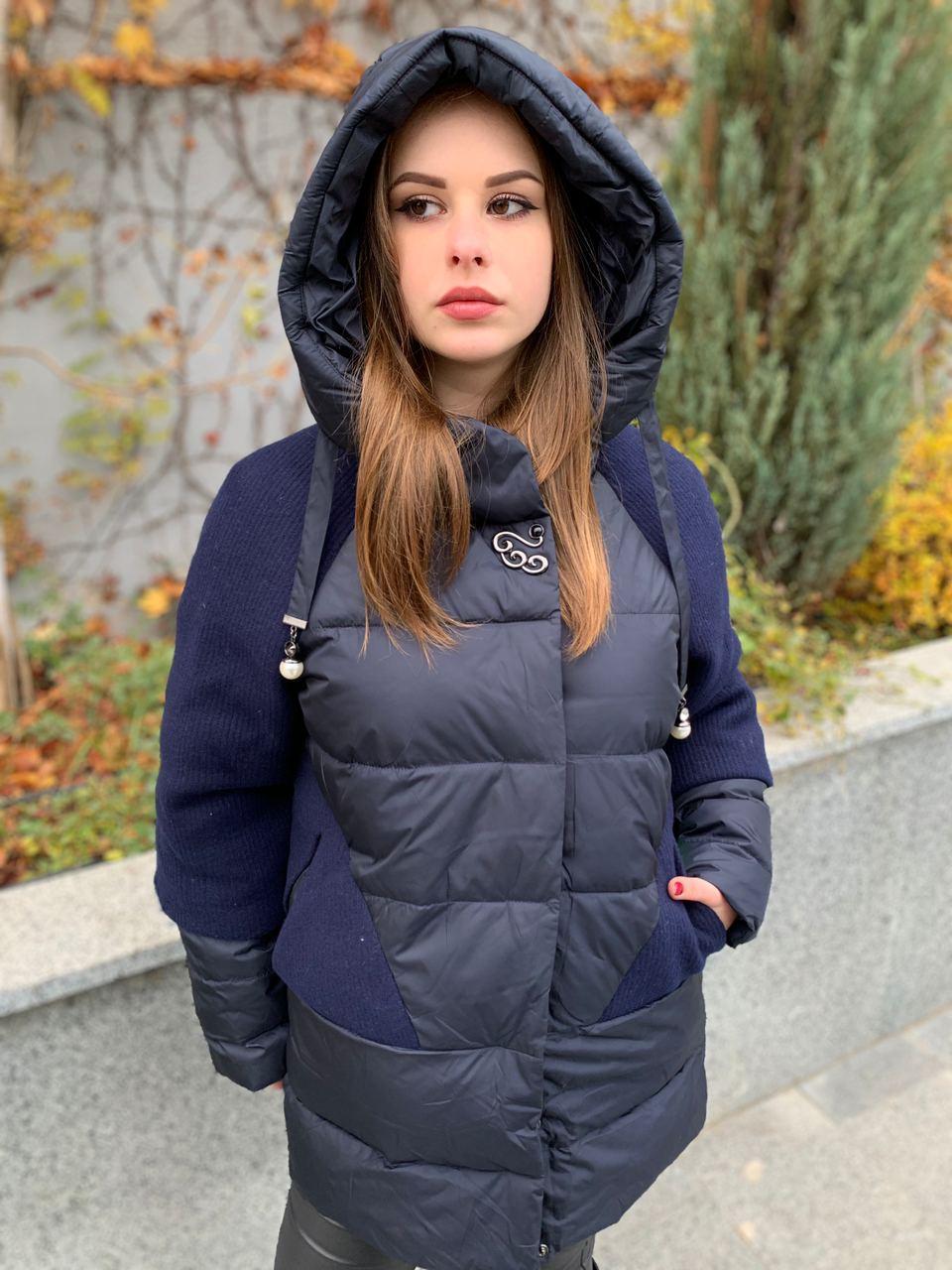 Зимова куртка з капюшоном DOSUESPIRIT 852-8