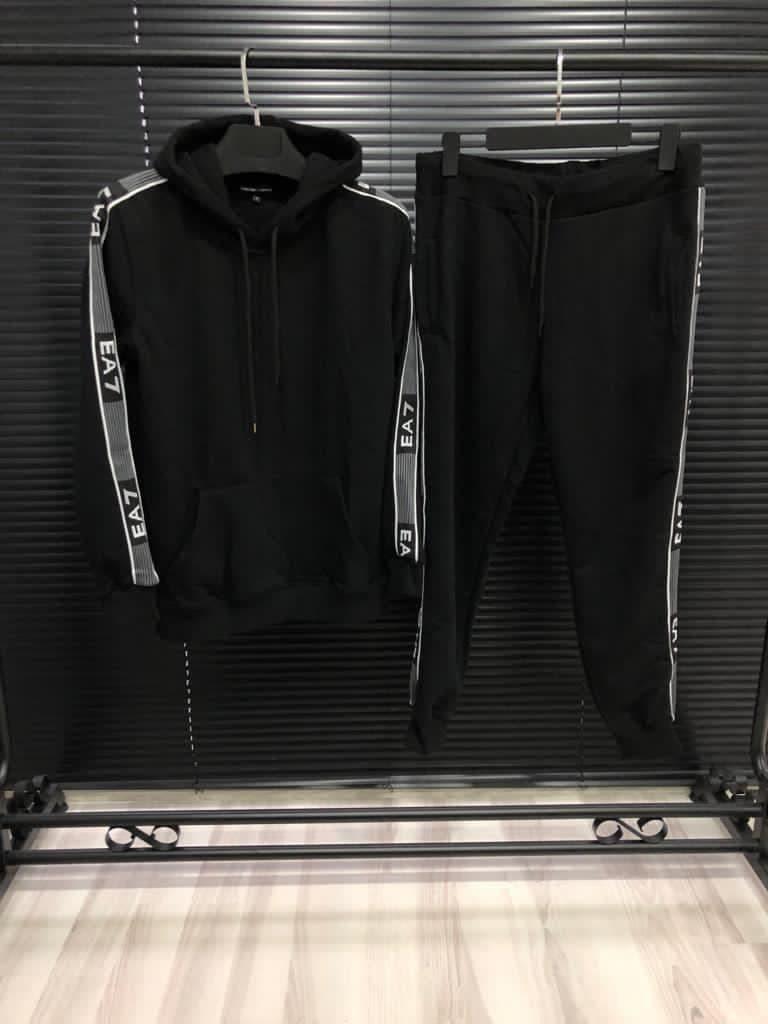 Мужской спортивный костюм Emporio Armani EA7 CK1538 черный