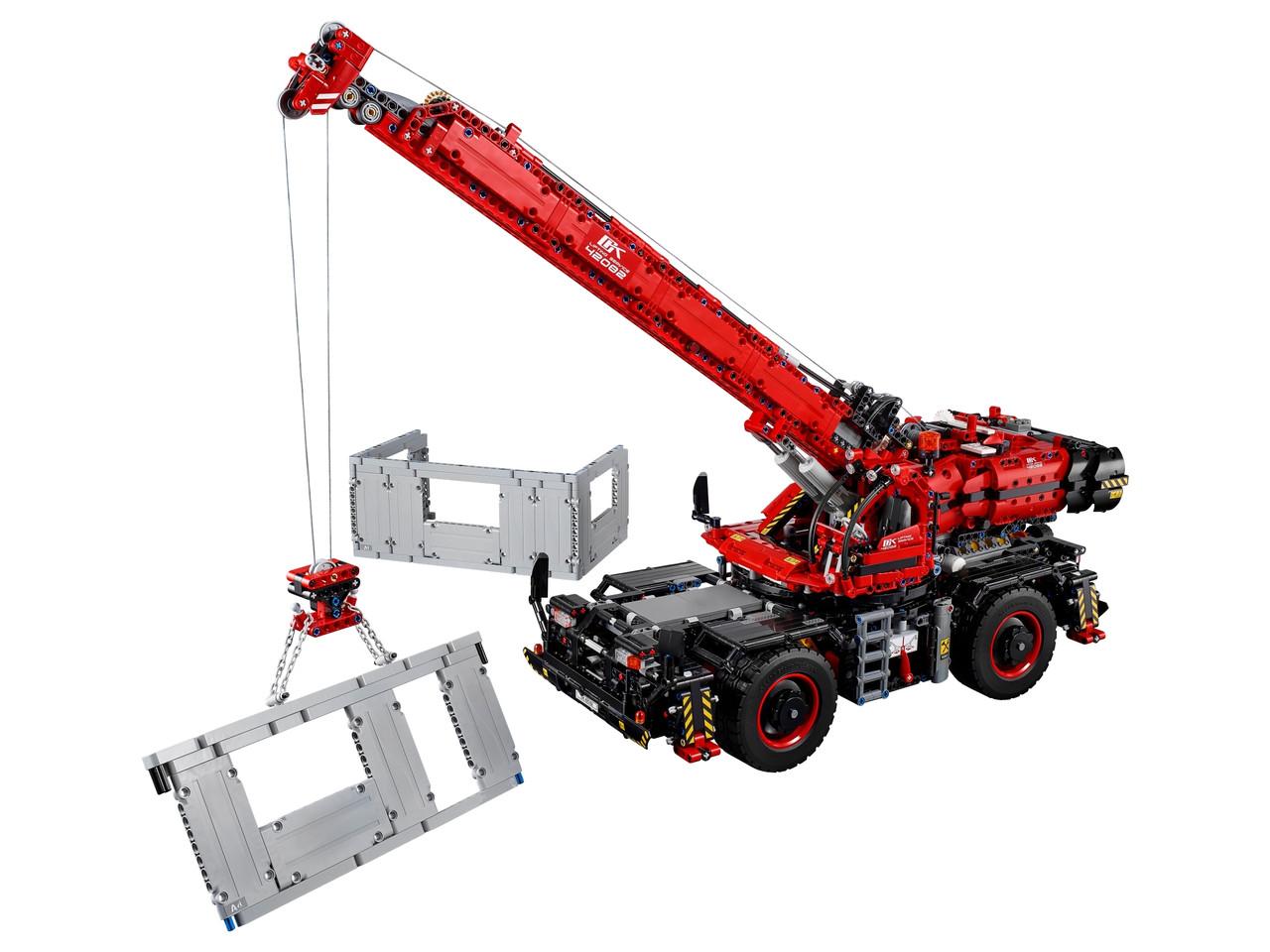 Конструктор LEGO Подъёмный кран для пересечённой местности 4057 деталей (42082)