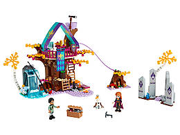 Конструктор LEGO Зачарований будинок на дереві 302 деталей (41164)