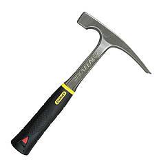 Молоток каменщика  570 гр STANLEY 1-54-022