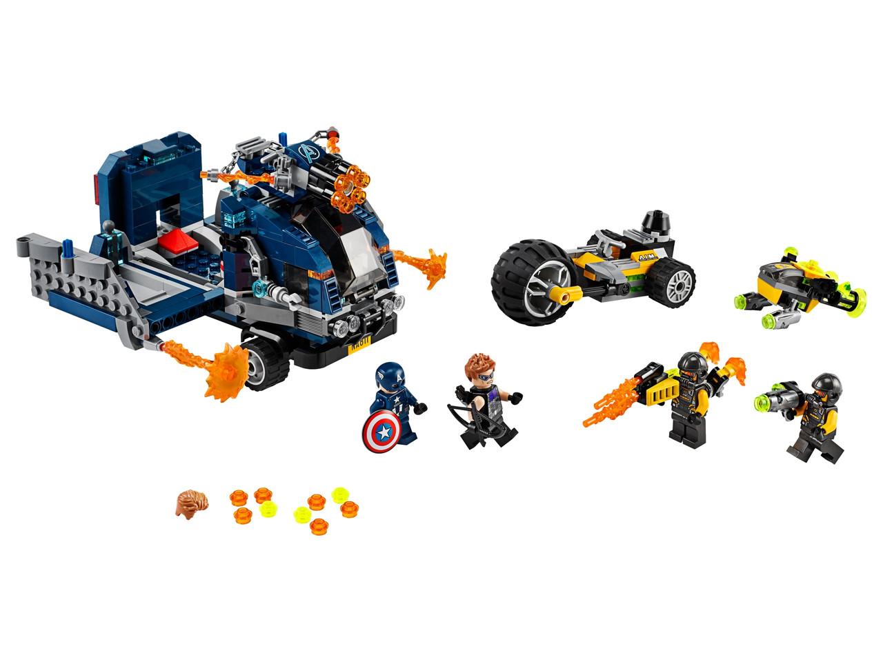 Конструктор LEGO Мстители: Нападение на грузовик 477 деталей (76143)