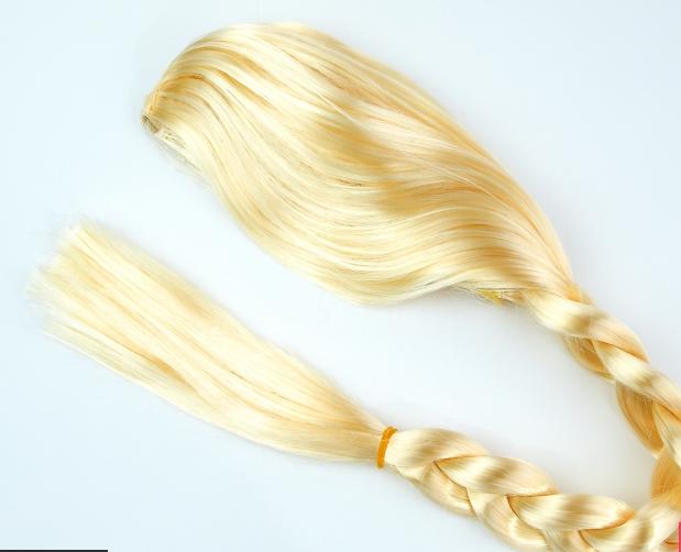 Карнавальный парик Коса Эльзы блонд 80 см