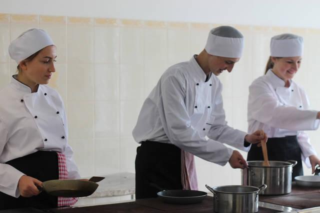 проект модернізації лабораторії кухарів з дегустаційним залом 4