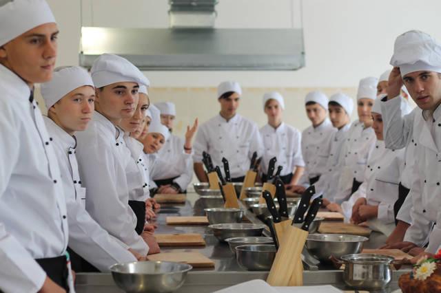 проект модернізації лабораторії кухарів з дегустаційним залом 7