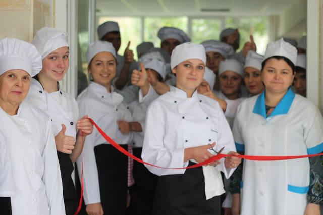 проект модернізації лабораторії кухарів з дегустаційним залом 18