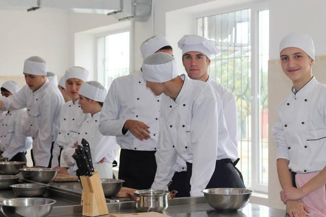 проект модернізації лабораторії кухарів з дегустаційним залом 28