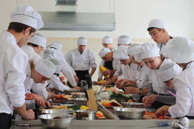 проект модернізації лабораторії кухарів з дегустаційним залом 33