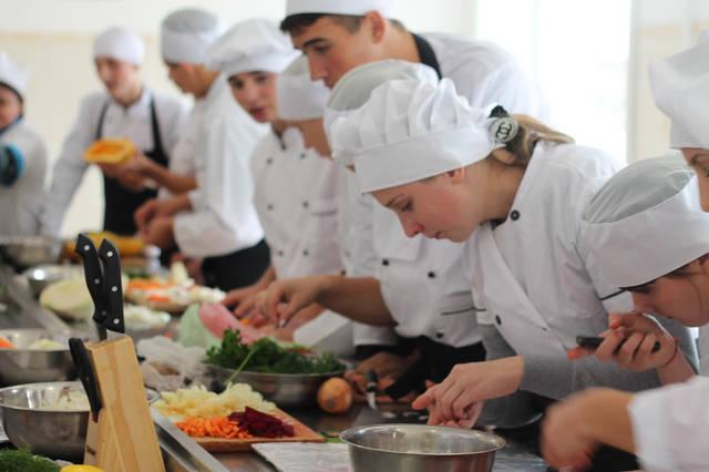 проект модернізації лабораторії кухарів з дегустаційним залом 34