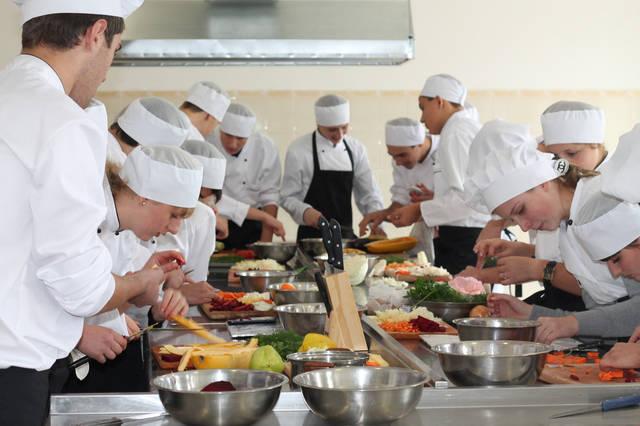 проект модернізації лабораторії кухарів з дегустаційним залом 37
