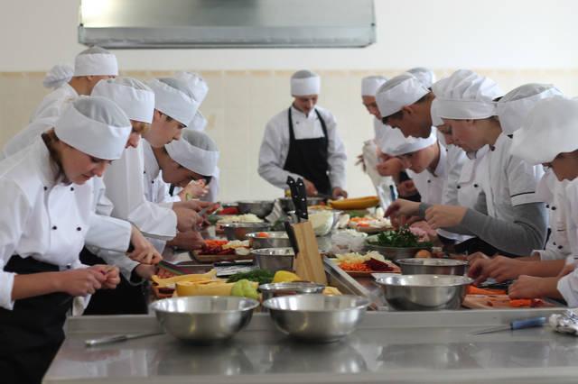 проект модернізації лабораторії кухарів з дегустаційним залом 39