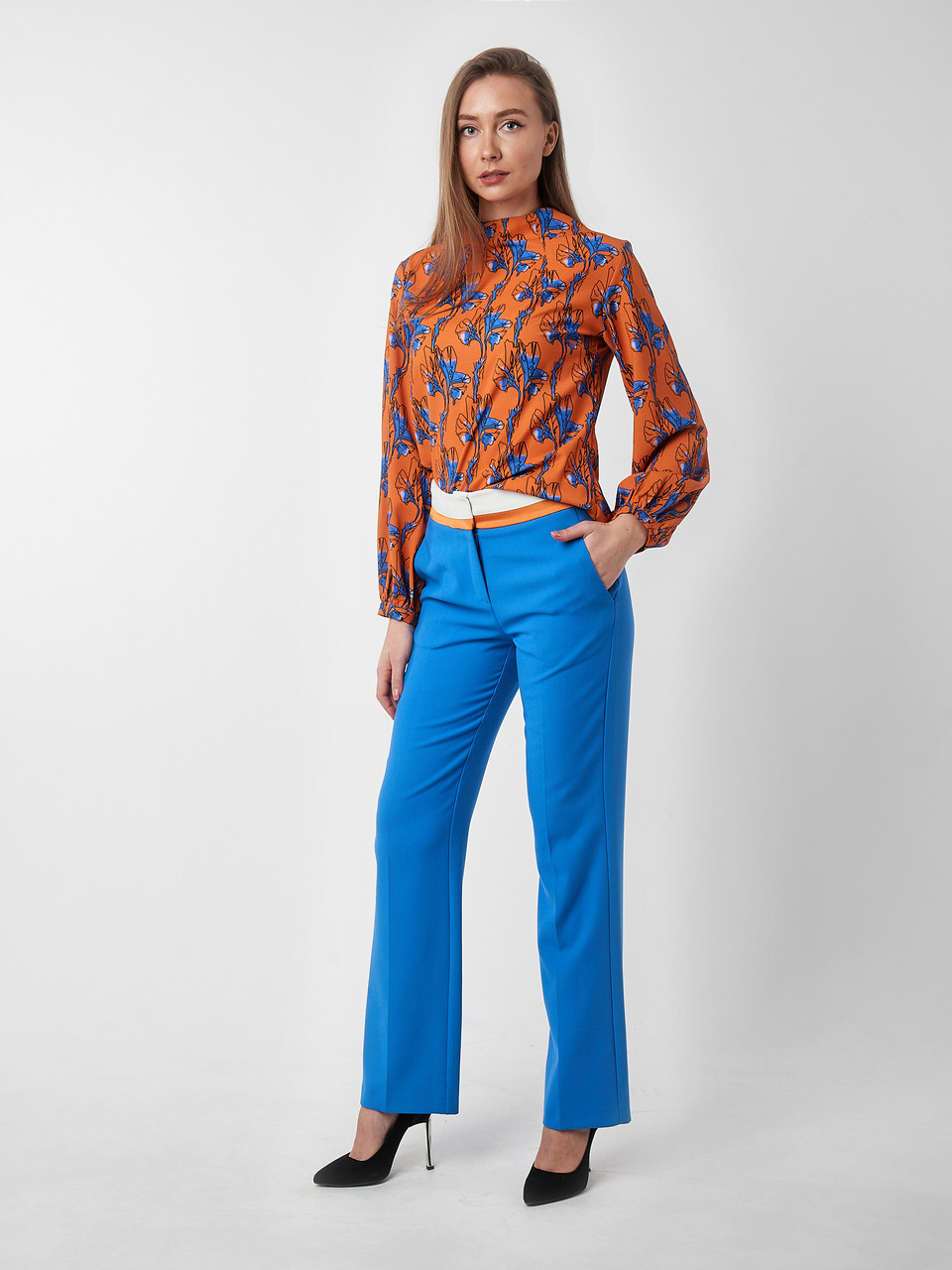 Женский костюм: блуза и брюки Vipart