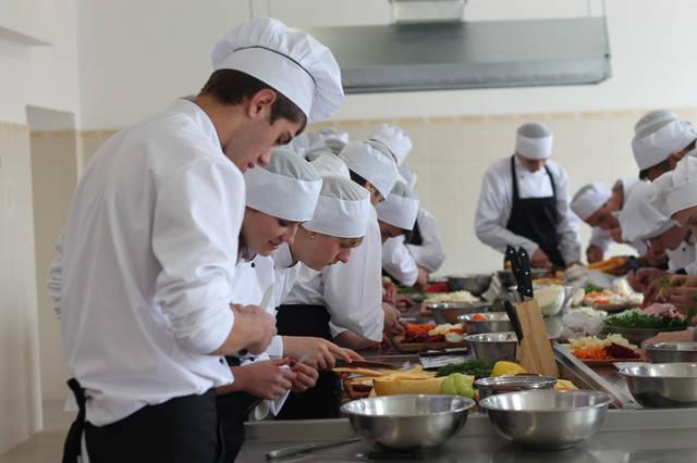 проект модернізації лабораторії кухарів з дегустаційним залом 40