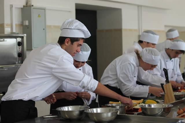 проект модернізації лабораторії кухарів з дегустаційним залом 46
