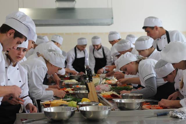 проект модернізації лабораторії кухарів з дегустаційним залом 47