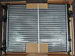 Радиатор охлаждения Renault Trafic | Opel Vivaro | 1.9dCi -AC | NRF