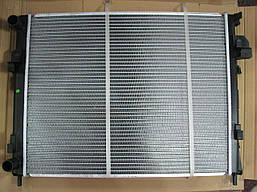 Радиатор охлаждения Renault Trafic | Opel Vivaro | 1.9dCi +AC | SOLGY