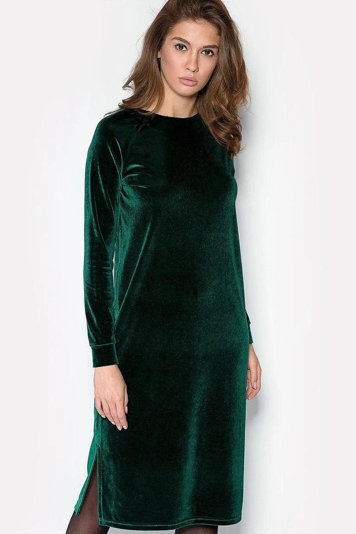 Стильное велюровое женское платье с разрезами по бокам