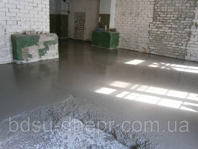 Фотография заливки бетонного пола