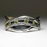 """Дизайнерское кольцо """"Вечность"""" с перидотом от WickerRing"""