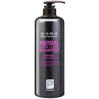 Шампунь для волос Daeng Gi Meo Ri Professional Herbal Hair Shampoo на основе целебных трав, 1 л, КОД: 1321332