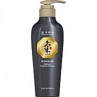 Шампунь для волос тонизирующий Daeng Gi Meo Ri Ki Gold Energizing Shampoo, 300 мл, КОД: 1321241
