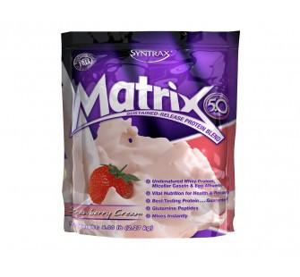 Комплексный протеин Syntrax Matrix (2,3 кг) синтракс матрикс клубника