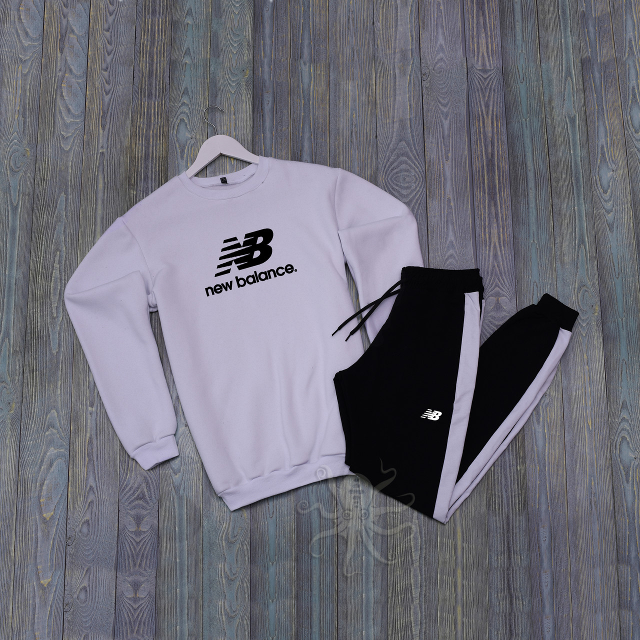 Спортивний костюм реглан біла кофта і чорні штани нью беленс