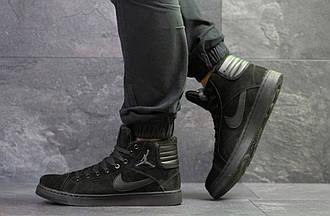 Кроссовки мужские в стиле 10079 Nike Jordan чорні 1030 грн ( зима )