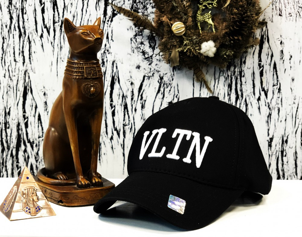 Кепка VLTN black