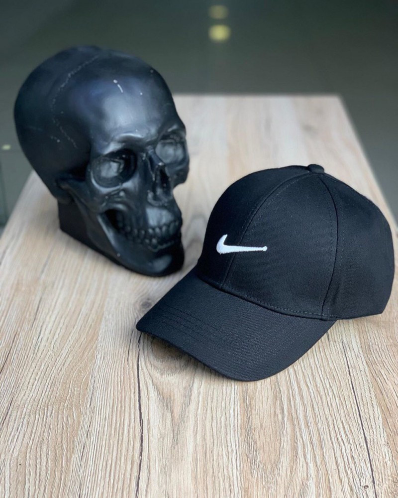 Кепка Nike Black and White