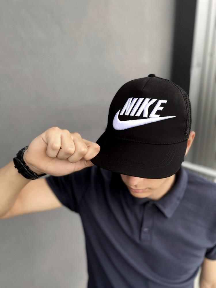 Тракер кепка Nike черный Большой логотип
