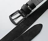 Мужской кожаный ремень с черной пряжкой черный, фото 3